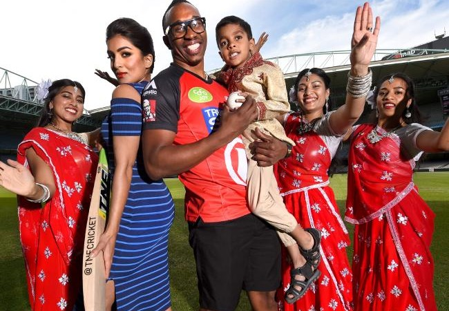 Dwayne Bravo out to impress in Bollywood bash